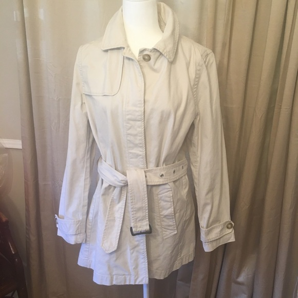 GAP Jackets & Blazers - Gap Ladies  Trench coat (Lg)